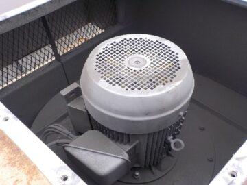 オイルミスト集塵機フィルター交換